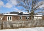 Foreclosed Home en MCVEY RD, Sedalia, MO - 65301