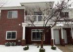 Foreclosed Home en TWIN OAKS DR, Sterling Heights, MI - 48314