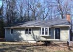 Foreclosed Home en SHERMAN DR, Burlington, CT - 06013