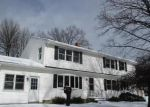 Foreclosed Home en FERNWOOD AVE, Enfield, CT - 06082