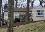 Foreclosed Home en RIDGE RD, New Fairfield, CT - 06812