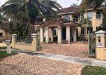 Foreclosed Home en GLENEAGLE DR, Hialeah, FL - 33014
