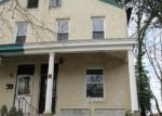 Foreclosed Home en S 6TH ST, Darby, PA - 19023