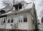 Foreclosed Home en MARSHALL RD, Drexel Hill, PA - 19026