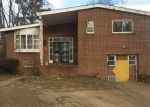 Foreclosed Home en STEVENSWOOD RD, Windsor Mill, MD - 21244