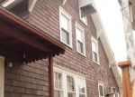 Foreclosed Home en CROWN ST, Morrisville, PA - 19067