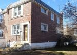 Foreclosed Home en S HARWOOD AVE, Upper Darby, PA - 19082