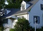 Foreclosed Home en WHITNEY AVE, Hamden, CT - 06518