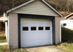 Foreclosed Home en RAINBOW RUN RD, Monongahela, PA - 15063