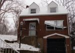 Foreclosed Home en LOUGEAY RD, Pittsburgh, PA - 15235