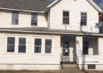 Foreclosed Home en E GROVE ST, Kingston, PA - 18704