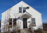 Foreclosed Home en SIMSBURY ST, Waterbury, CT - 06704