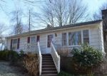 Foreclosed Home en PROSPECT HILL RD, Guilford, CT - 06437