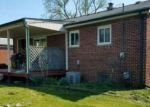 Foreclosed Home en HIPP ST, Taylor, MI - 48180