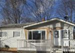 Foreclosed Home en HAZELWOOD ST, Westland, MI - 48186