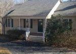 Foreclosed Home en OVERLOOK CIR, Palmyra, VA - 22963