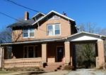 Foreclosed Home en ROSE HILL AVE, Clarksville, VA - 23927