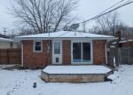 Foreclosed Home in HIGH ST, Middletown, IN - 47356
