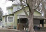 Foreclosed Home in N 3RD ST, Clinton, IA - 52732