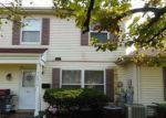 Foreclosed Home en BRISTOL LN, Hanover Park, IL - 60133