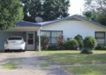 Foreclosed Home en PARK FOREST DR, Flint, MI - 48507