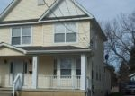 Foreclosed Home en LAWRENCE AVE, Cleveland, OH - 44125
