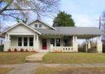 Foreclosed Home en E 25TH ST, Texarkana, AR - 71854