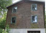 Foreclosed Home en SWAMP CREEK RD, Green Lane, PA - 18054