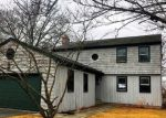 Foreclosed Home en ACADEMY HILL TER, Stratford, CT - 06615