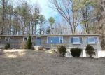 Foreclosed Home en TRAILSEND DR, Canton, CT - 06019