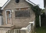 Foreclosed Home en HUNTER AVE, Staten Island, NY - 10306