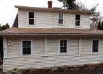 Foreclosed Home en ANDRASKO RD, Beacon Falls, CT - 06403