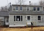 Foreclosed Home in CROSS RD, Waterford, CT - 06385