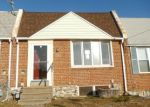 Foreclosed Home en FRONEFIELD AVE, Marcus Hook, PA - 19061