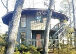Foreclosed Home en LAKESIDE DR, Courtland, VA - 23837