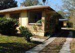 Foreclosed Home en MINOSA CIR E, Jacksonville, FL - 32209