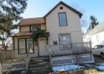 Foreclosed Home en S LINCOLN AVE, Waukegan, IL - 60085