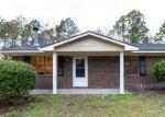 Foreclosed Home en LIVE OAK DR, Hinesville, GA - 31313