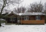 Foreclosed Home en OAKWOOD LN, Perry, MI - 48872
