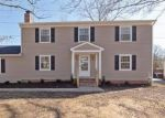 Foreclosed Home en FORESTDALE DR, Richmond, VA - 23235