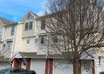 Foreclosed Home en WOODLAND ST, Meriden, CT - 06451