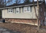Foreclosed Home in WOOLDRIDGE FERRY RD, Elizabethtown, KY - 42701