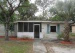 Foreclosed Home en E CARACAS ST, Tampa, FL - 33610