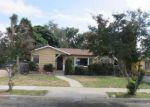 Foreclosed Home en W 5TH ST, Corona, CA - 92882