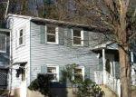 Foreclosed Home en BERNSIDE DR, Bristol, CT - 06010