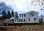 Foreclosed Home en STOCKING BROOK RD, Berlin, CT - 06037