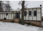 Foreclosed Home en REDWOOD DR, Indiana, PA - 15701