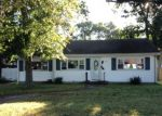 Foreclosed Home in PINE NEEDLE DR, Toms River, NJ - 08753