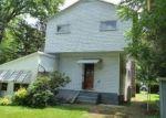 Foreclosed Home en N DEWEY AVE, Scranton, PA - 18504
