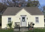 Foreclosed Home en NAUGATUCK AVE, Milford, CT - 06460